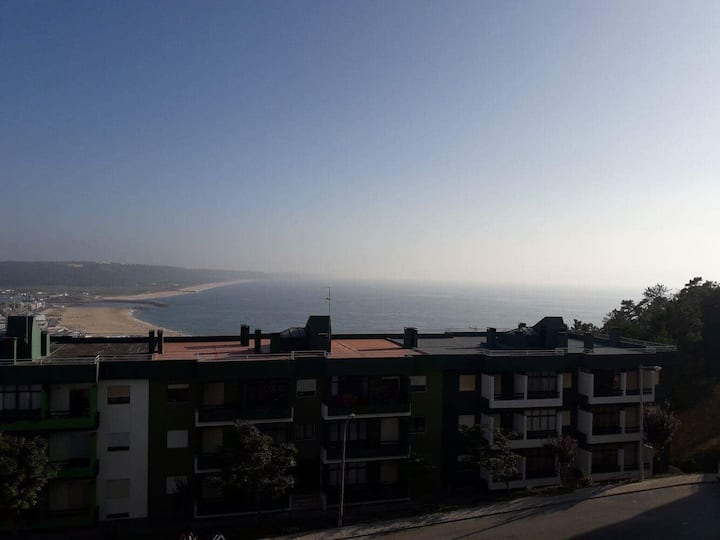 Great and quiet apartment in Nazaré - Amazing view
