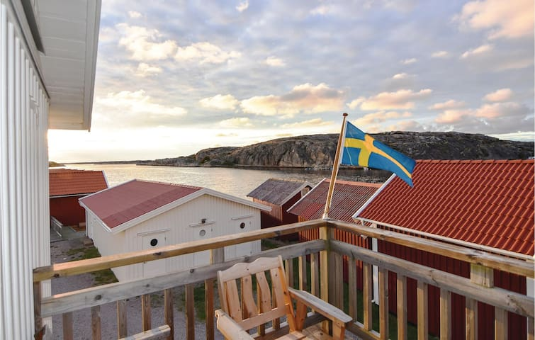 Holiday apartment with 2 bedrooms on 71m² in Väjern