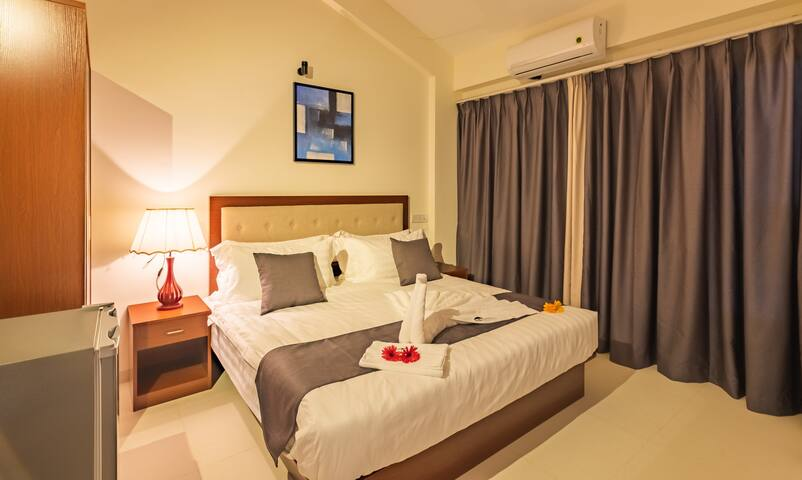 Ultra Luxuries rooms  with pool near Anjuna Beach