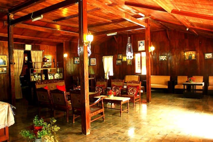 Joglo Mbah Guru Villa - Homestay Ambarawa Semarang