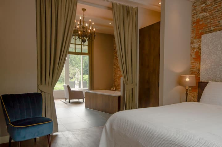 Royal suite in Boutiquehotel 't Vosje