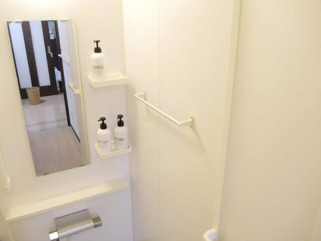 浴室2 Bathroom 2