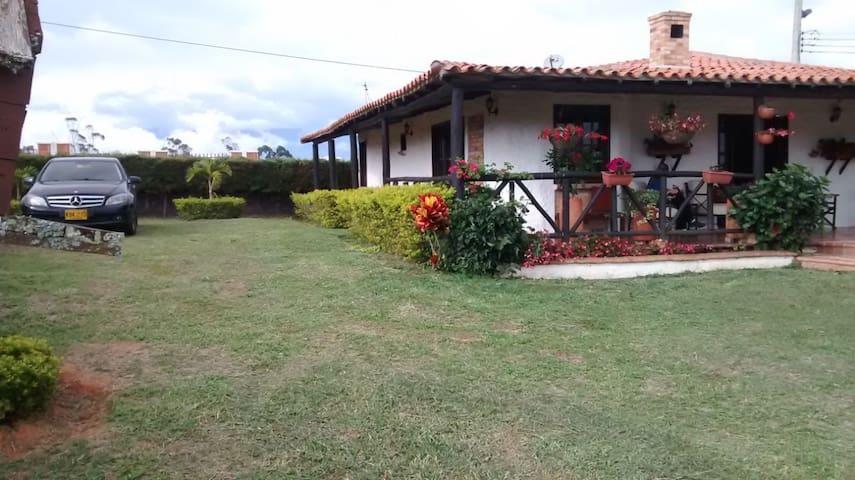 Cabaña Mesa de los Santos - Santander