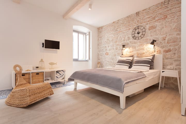 "NEW! ""Mala Marina"" too sweet studio for two! - Rovinj"