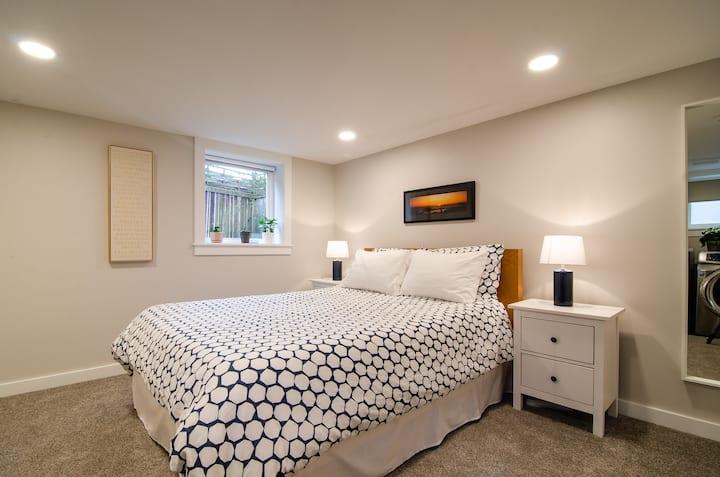 Modern Beacon Hill Guest Suite