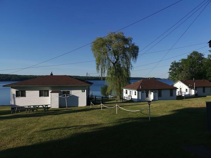 Upper Rideau cottages 3 bedroom cottage