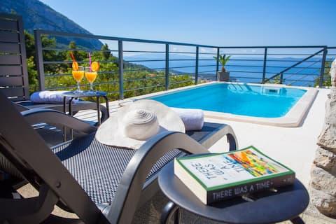 Isolierter Pool Villa Marina - Hügel und Meerblick