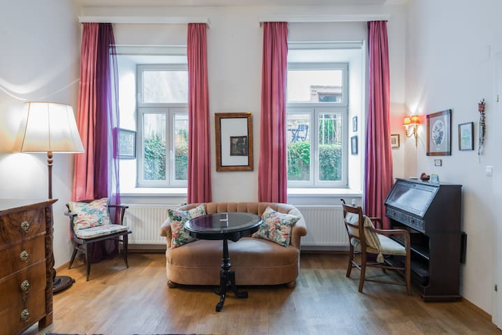 Charming flat in Vienna´s most trendy district