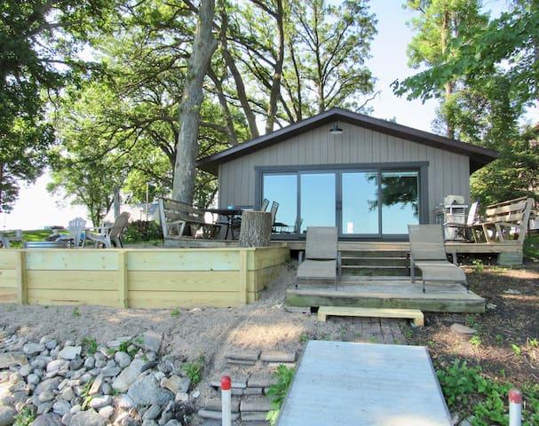 Jake's Place on Big Kandiyohi Lake