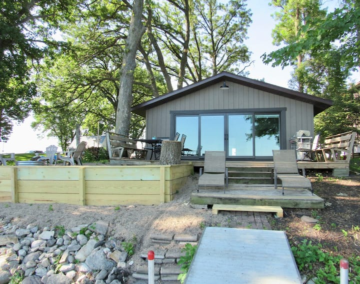 Jake's Place on Big Kandiyohi Lake