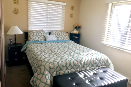 Clean 1BD w parking+separate entry - Westminster