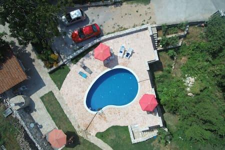 Villa Pegaz - Apartment Petar