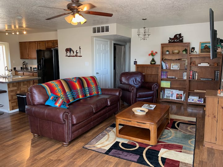 The San Medina House is clean and comfortable!!