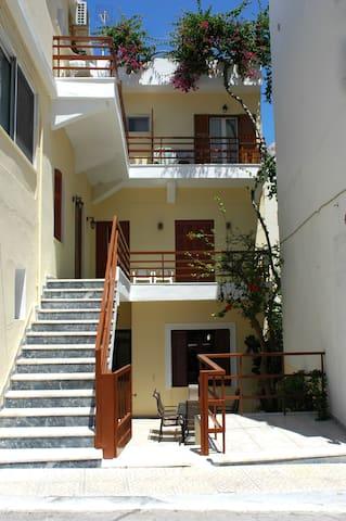 Avra Rooms - Karpathos