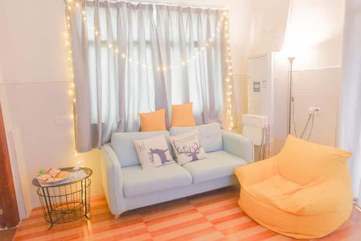 Hotel Style Airbnb, Safe, WiFi, Pool, Gym.