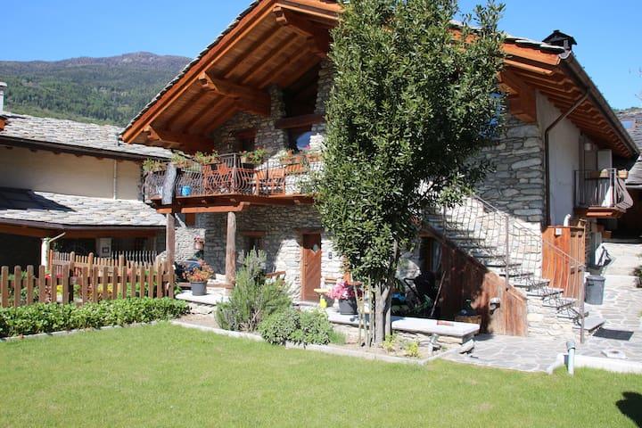 """La casetta del nonno """"Cien"""" Aosta"""