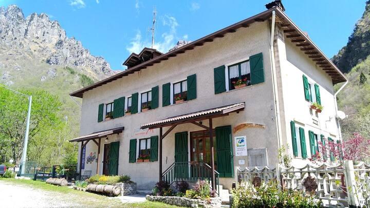Agriturismo Piccole Dolomiti - La Rosa