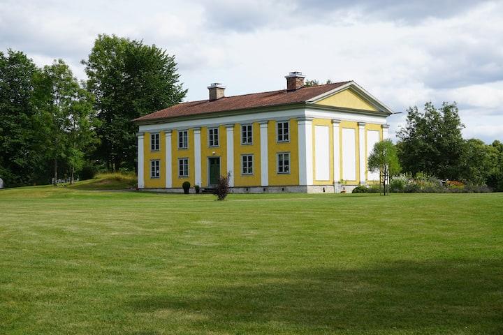 Orangeri i vacker herrgårdsmiljö, Uknadalen