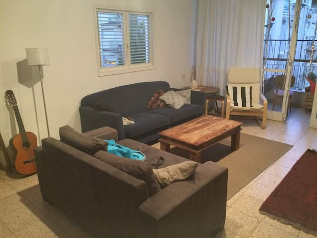 Tel Aviv-Yafo Apartment close to beach