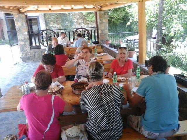Villa Kostovski - Brajchino - Bed & Breakfast