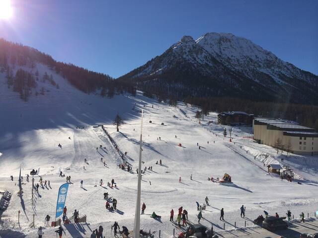 Appartamento fronte piste da sci!!!