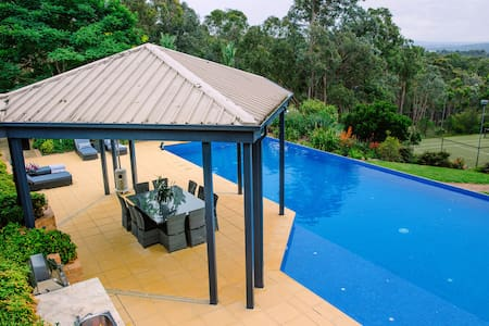 Door 27-Yarra Valley Resort Style Bed & Breakfast - Wonga Park