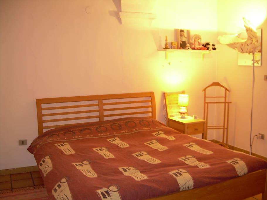 Casa tranquilla e accogliente in centro storico case in for Piani di aggiunta della camera da letto del primo piano