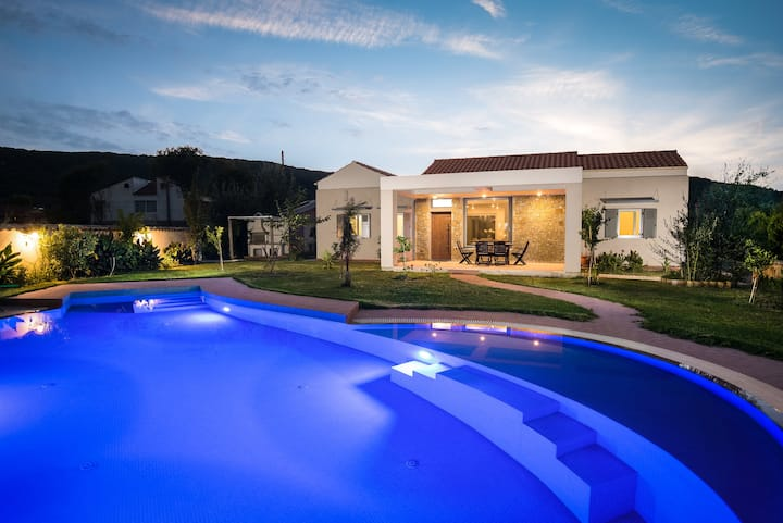 Luxury Villa Erotas with private pool