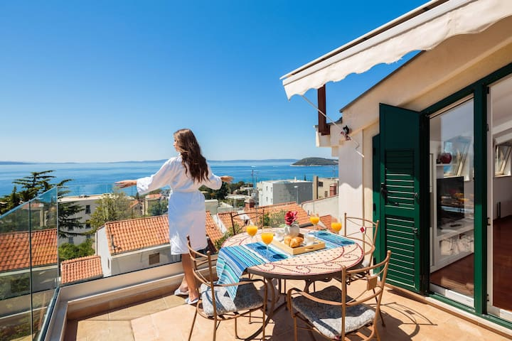 Apartment Goran - Sea view and garden oasis