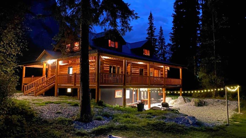 Hedberg Peak Guest Suites,Cedar room-Family Suite