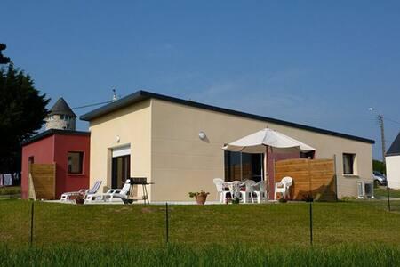 """""""Le Moulin"""" maison 3 chambres à 150 m des plages - Brignogan-Plage - Dům"""