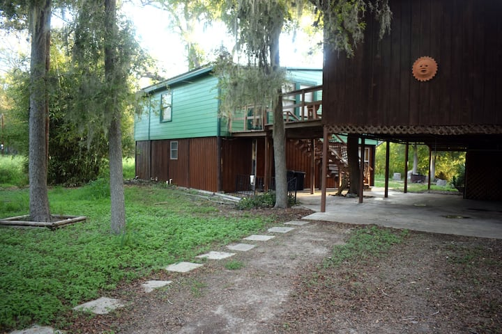 Nueces River Retreat