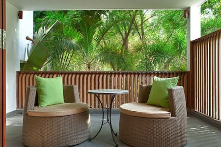 Pool Suite on Saigon River! - Hô-Chi-Minh-Ville