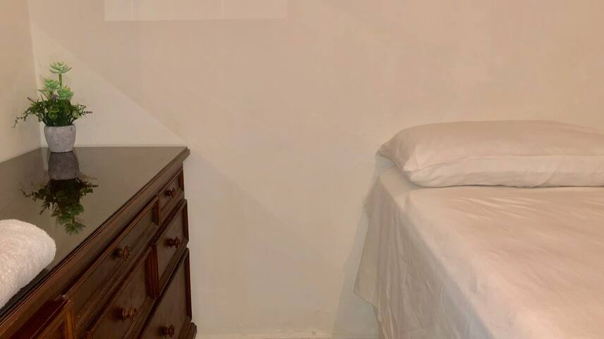 White QUEEN Room $22 By SupplyRD-LuxuryRentals
