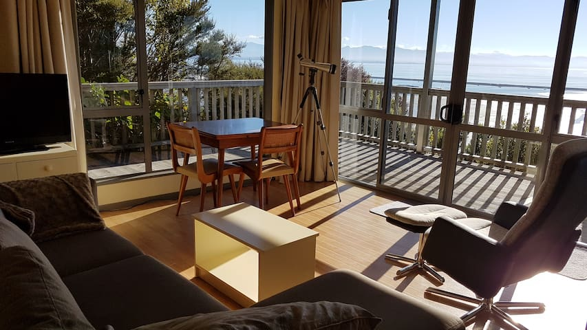 Walters Bluff 1 bdrm apartment, sea & park views - Nelson - Apartment