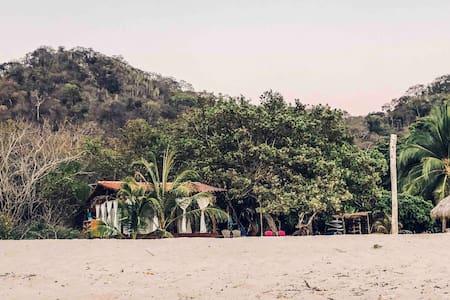Bungalo de Playa Manzanillo Troncones