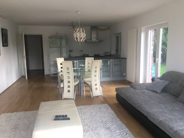 Very nice Flat next to ECB / View to Main River