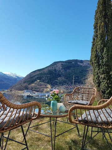 Cozy and very central apartment, Sogndal