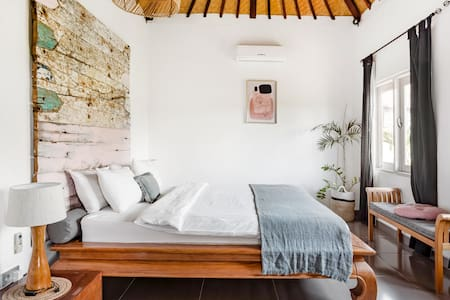 2BD Cozy Villa Nadin in the heart of Seminyak