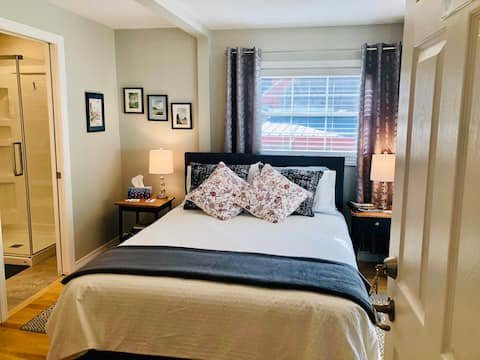By-the-Sea Airbnb in beautiful St. Andrews, NB