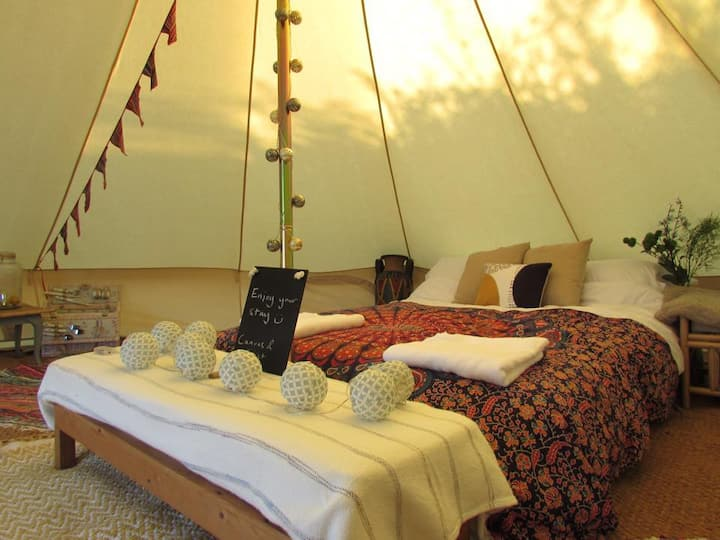 Bell Tent - Electric Pitch, Georgeham. SD.