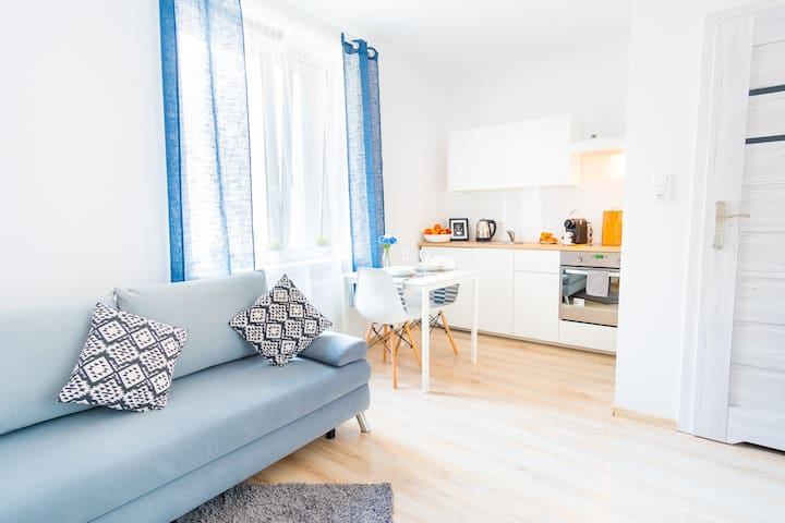 Blue Lagoon Apartment, Cracow