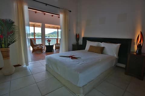 OpenDeck Bed & Breakfast -  Mora Eel Room