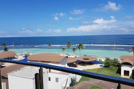 Apartamento frente al mar en Playa Escondida