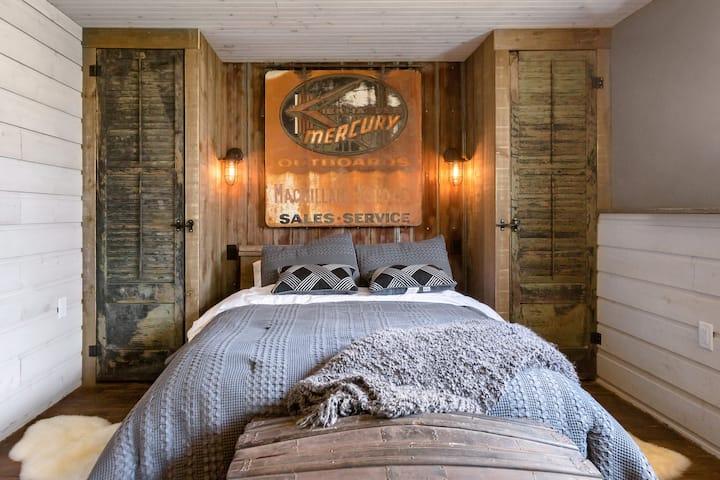 The Coolest  Funkiest  Boathouse Style Studio