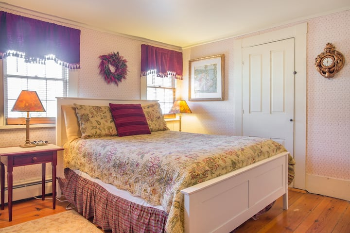 Black Boar Inn - Duchess Anne Suite