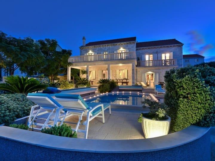 Villa Daniela, Croatia Luxury Rent