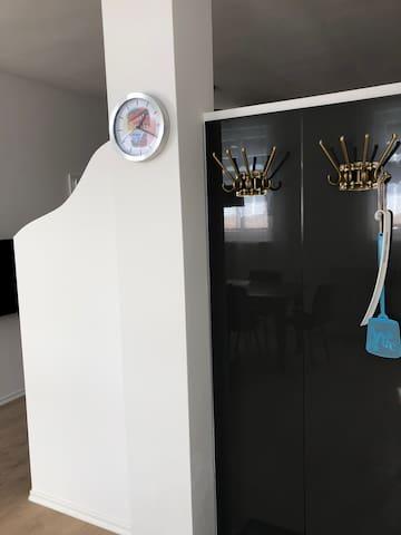 4-Zi. Apartment für bis zu 6 Gäste im Zentrum (03)