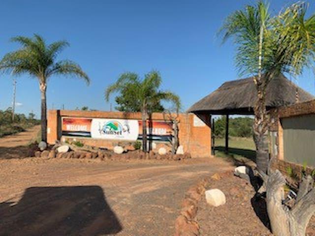 Sunset Ranch - Impala House