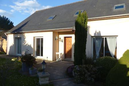 Chambre familiale avec Sdb et salon - Trégon - Casa